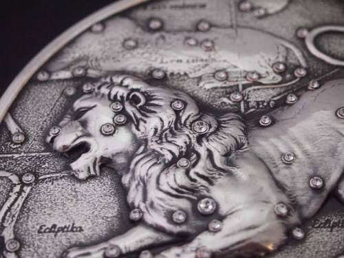 Zodiac_signs__Lion_on_the_coin_047385_29