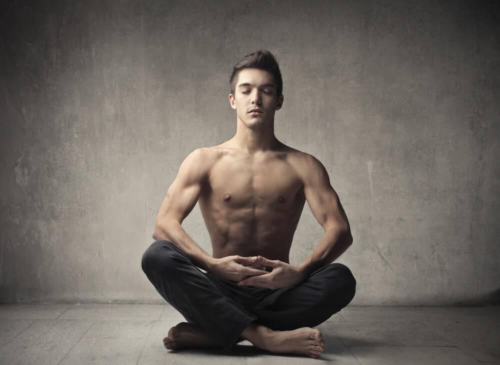 Спокойные мужчины-водолеи отлично дополнят экспрессивных женщин-овнов